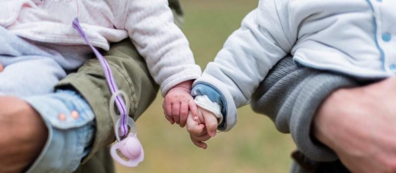 Prestación-económica-por-parto-o-adopción-múltiples
