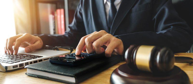 tax-attorney-800x350